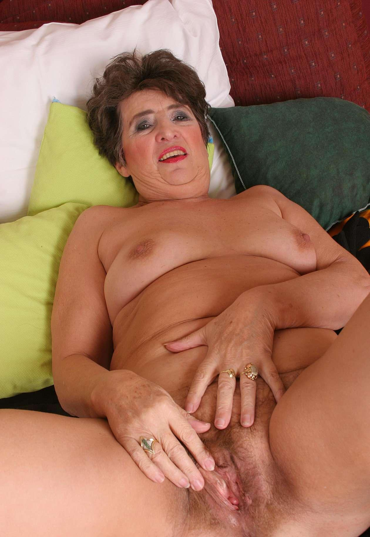 sexy nusty mature anyone Azelf