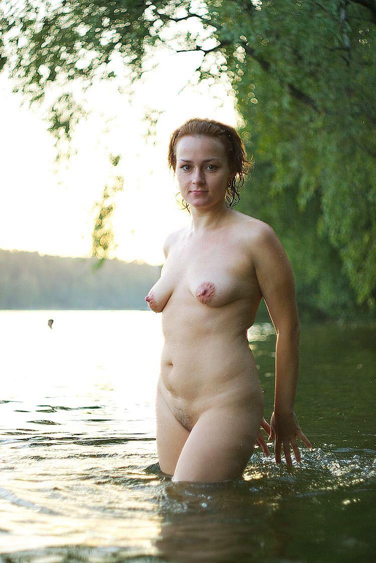 amateur ass school nude