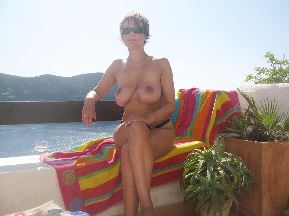 Фото частное порно соски большие вперед