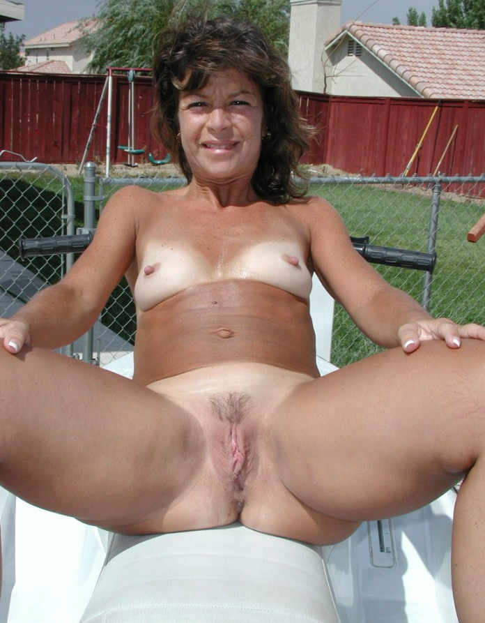 Adultadz  Free Adult Personals  Wives Vote  Galleries