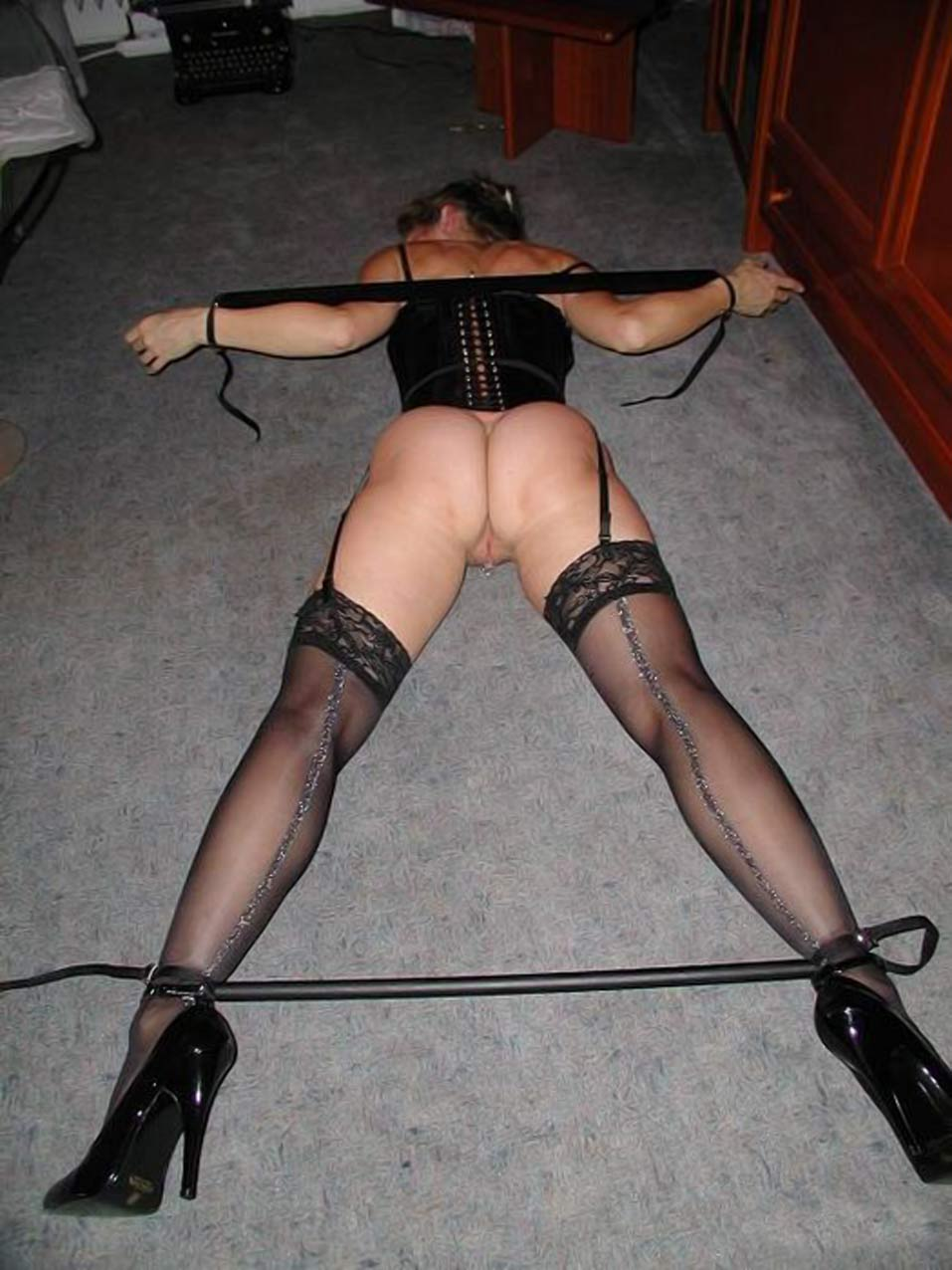 Sexy slaves hot kinky wall papers nude picture
