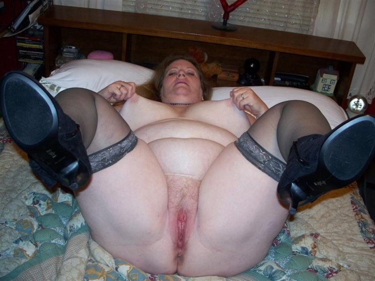 фото группавуха пожилых жирных баб