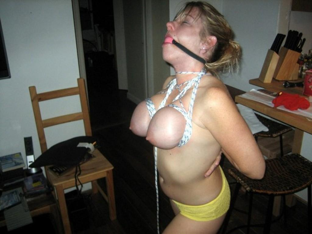 Wife gets strange hung cock