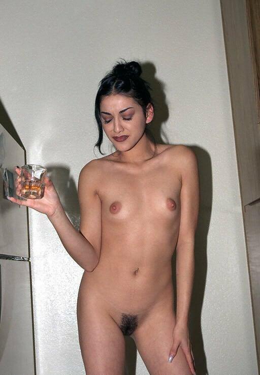 голые индианки с очень обросшей пиздой фото.