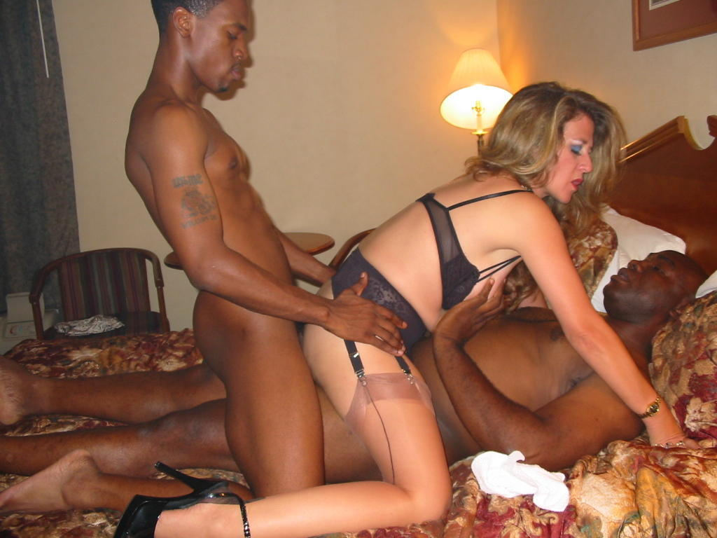 Amateur mature interracial sex