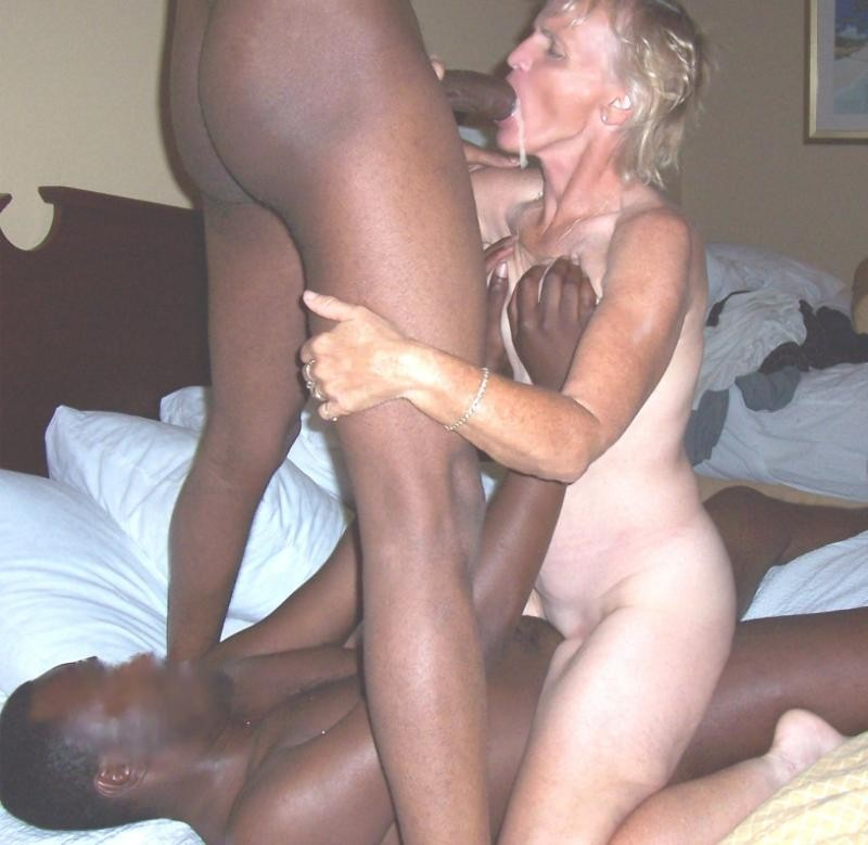 White Milf Suck Black Dick