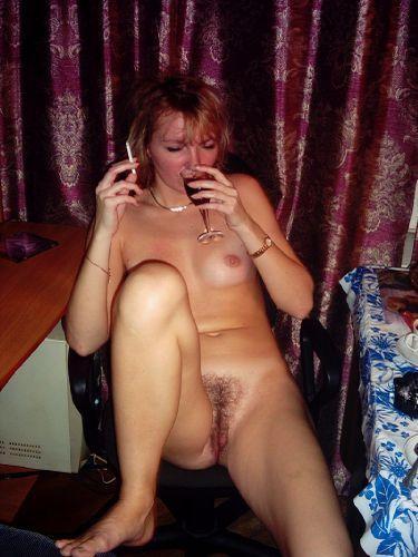 Приятного смотреть Развратная женщина (45 фото) не отходя от монитора и пос