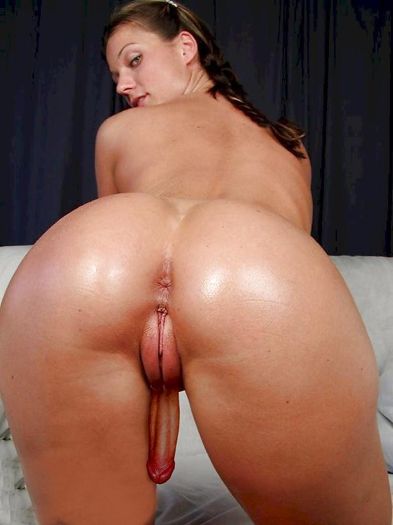 Shemale thaiana loves it in her ass 4