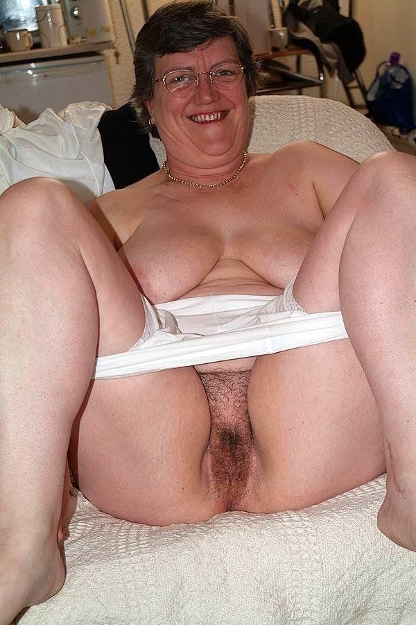 Толстые голые старушки фото