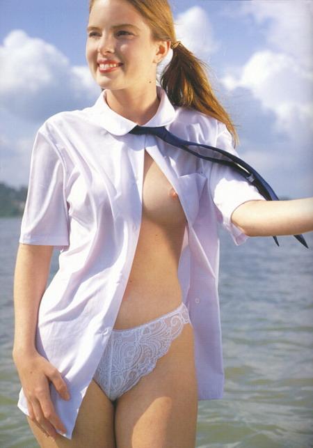 Джиллиан Андерсон с двумя дилдами в жопе (105 фото) .