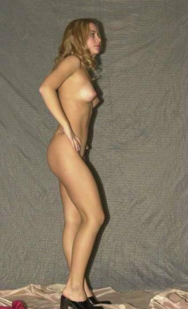 sexy naked iraqi girl watching porn